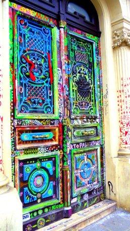 Paris, door that opens to Narnia